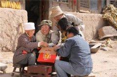 """苏宁小店的""""母亲邮包"""",正准备寄给"""
